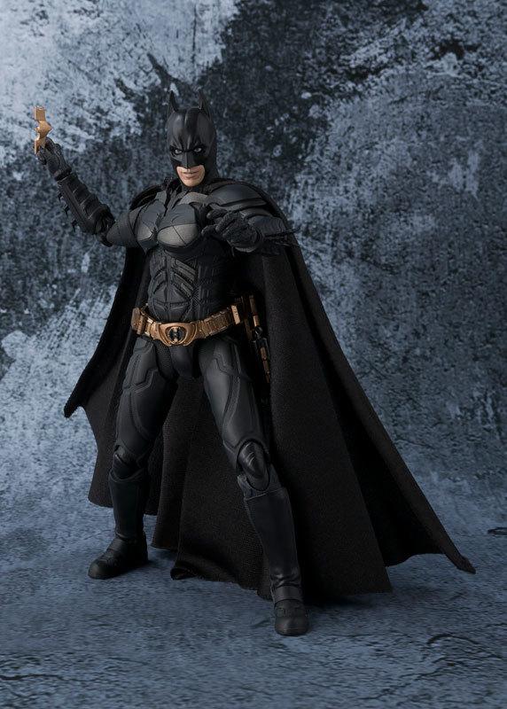 フィギュアーツ バットマン(The Dark Knight)[FIGURE-027663_04