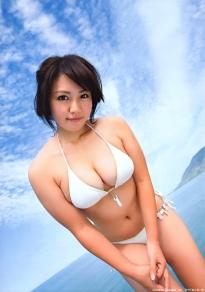 isoyama_sayaka_g155.jpg