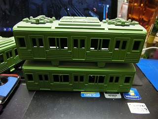 1色目の塗装が終った「千葉ニュータウン鉄道 9000形」③