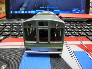 基本塗装が終った千葉NT鉄道9000形後部車