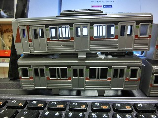 ボディーの基本塗装が終った「千葉ニュータウン鉄道 9000形」