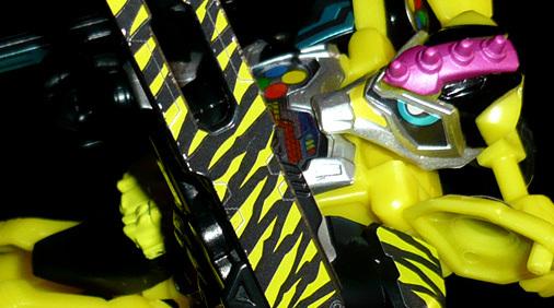 仮面ライダーレーザー ハンターバイクゲーマー レベル5(ドラゴンクロー)