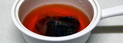 ビワの葉煮汁