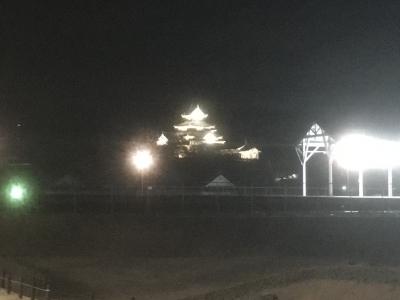 道場門付近からの御三階(夜)