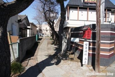 女帝神社(越谷市平方)1