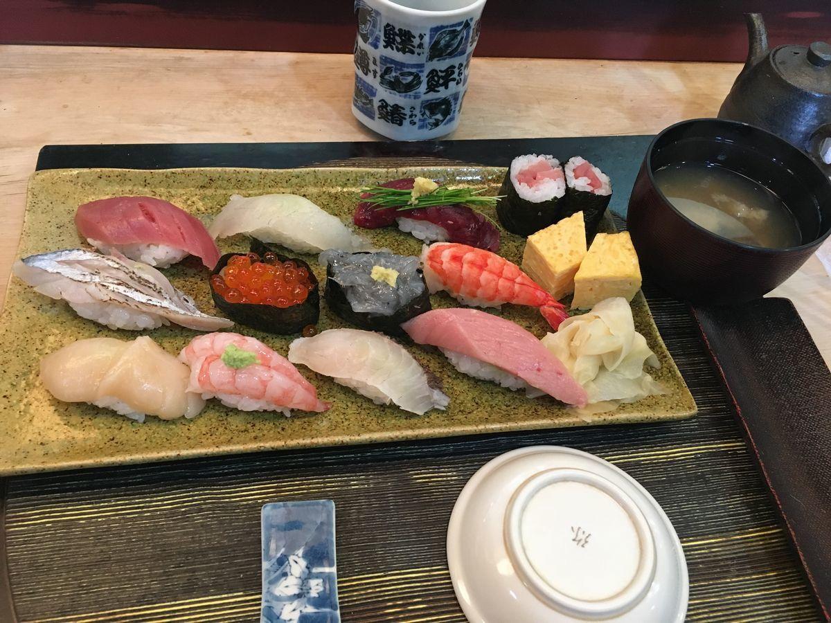 鳥越寿司6