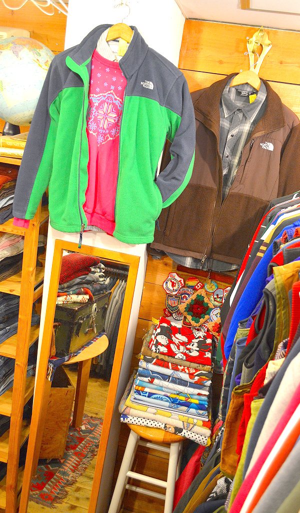 Used Clothing Shop古着屋カチカチ店内画像02