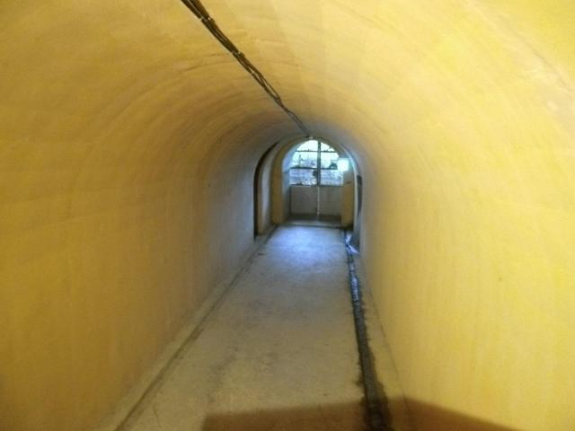 海軍壕出入り口 (1)
