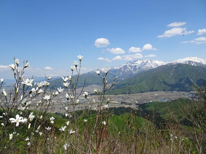 八海山と中ノ岳