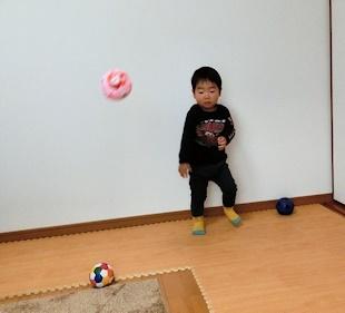 ボール投げ (2)