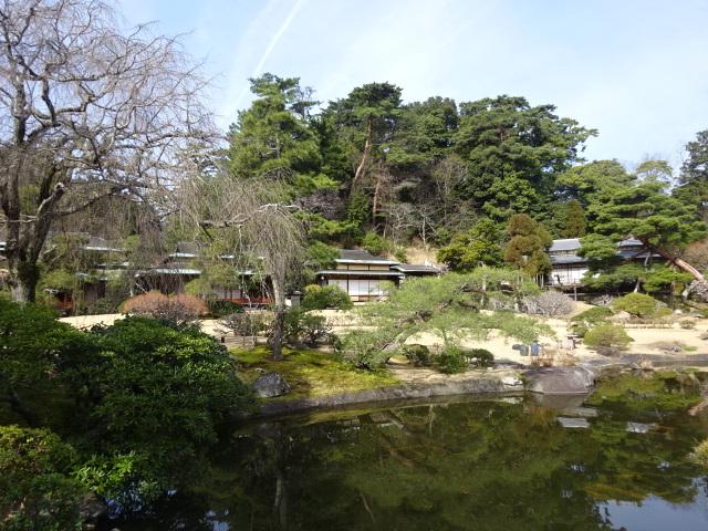 三養荘 全景