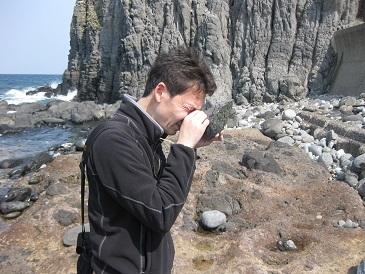 足立先生!岩石調査!