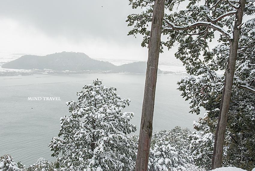 長命寺より琵琶湖を望む