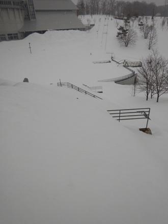 みずの広場雪