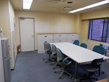 東京ネオンビル2階会議室_R