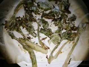 揚げない蕗の薹とウドの芽
