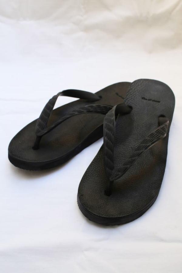 CIRCUS_sandal2.jpg