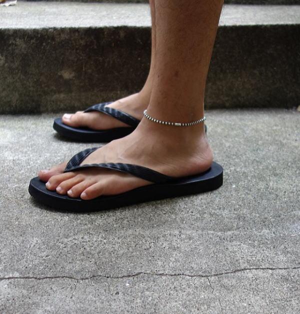 CIRCUS_sandal6.jpg