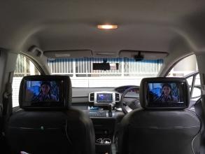 HDMI対応のヘッドレストモニターに買い替え♪ 古いモニターを外して新型を取り付ける!
