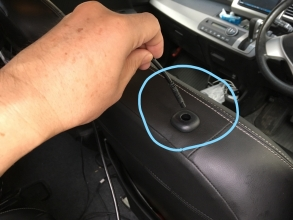 HDMI対応 新型ヘッドレストモニターをフリードハイブリッドにDIYで取付♪