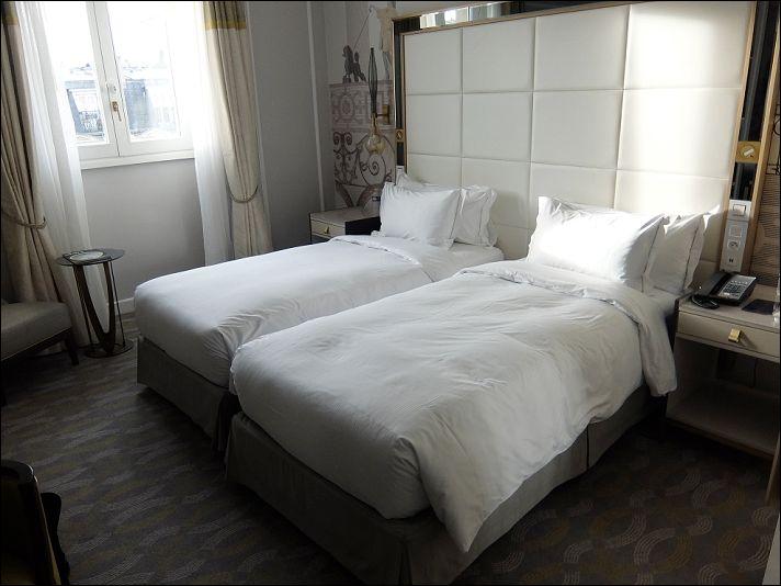 パリホテル1