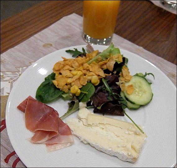 ホテル朝食14pg