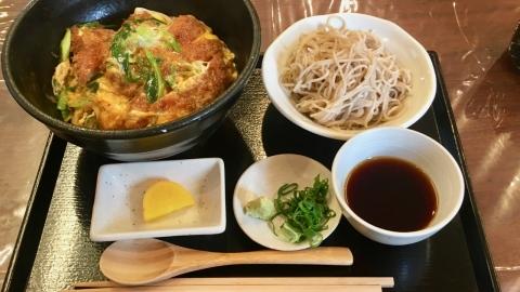 カツ丼と蕎麦