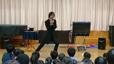 かるがも園,兵庫県三田市,さんだ子ども発達支援センター,子供向けパフォーマンス,マジックショー,Entertainer MIKIYA,大阪在住マジシャン,関西,大道芸人