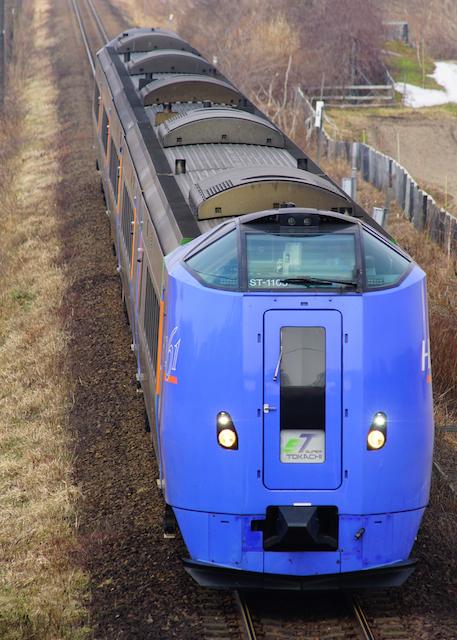 170416 JR H DC261 SuperTokachi Old Color