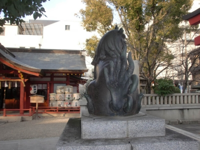 大阪御霊神社02狛aaa