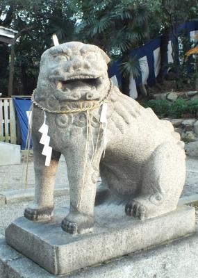 安居神社04狛a