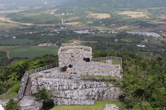南の島の展望台R