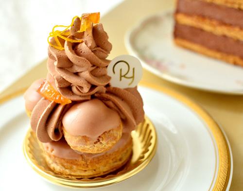 【ケーキ】リョウラ「サントノーレショコラオランジュ」