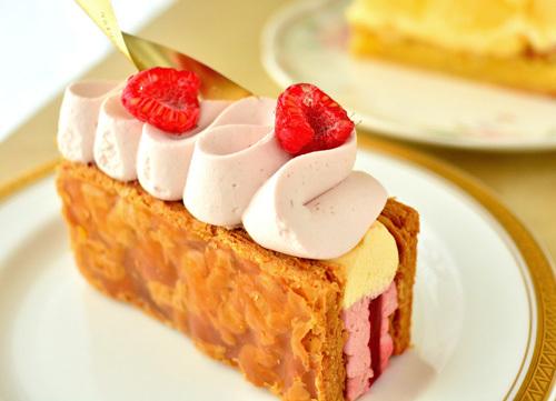 【ケーキ】リョウラ「ミルフィーユ・ルージュ」