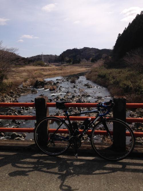【春間近の龍神峡】・6