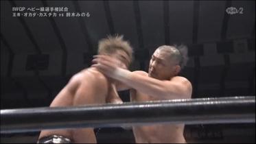 鈴木はここも打ち抜き、