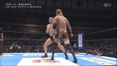 鈴木も強烈な返礼、