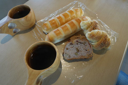 003車内で朝食