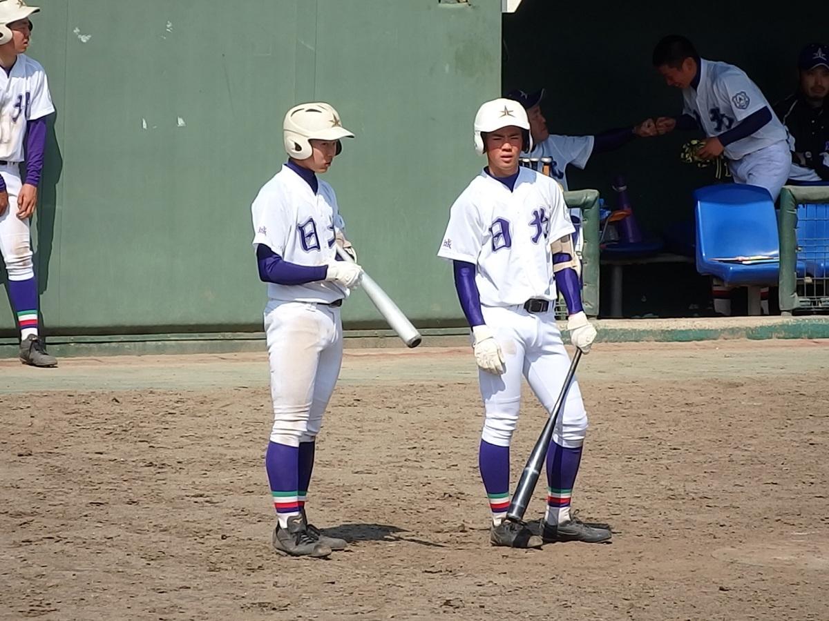 32_日立北投手陣の柱である安倍くん(左)と酒井くん(右)