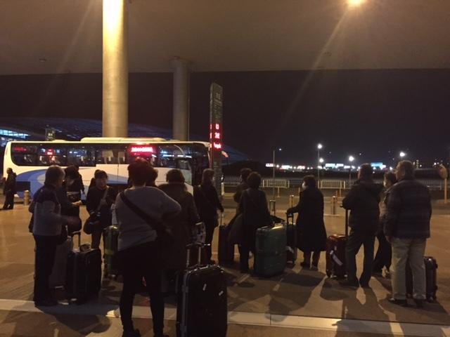 北京バス待ち