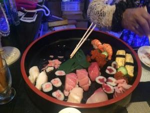 415敬子さんがふるまってくださったお寿司