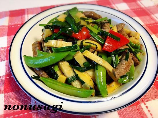 牛肉とニンニクの葉 de ご馳走☆中華炒め