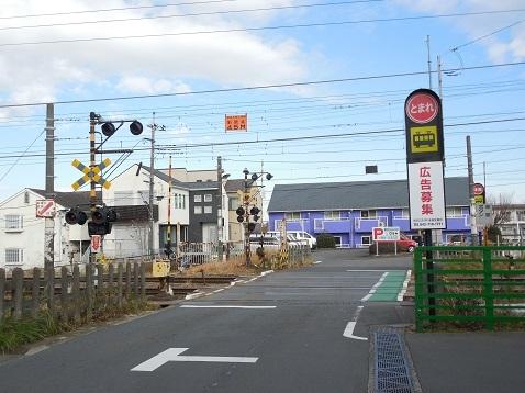 横浜線の成瀬踏切@町田市a