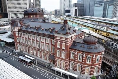 KITTEから望む東京ステーションホテル