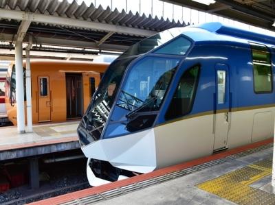 近鉄京都駅に特急しまかぜ