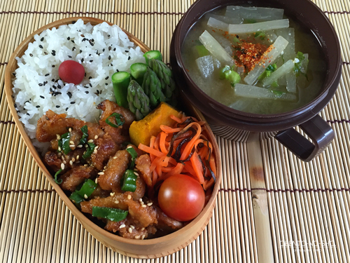豚の油なし胡麻味噌焼き弁当01