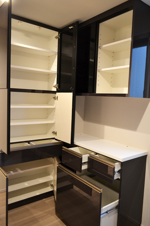 cupboard145-1.jpg