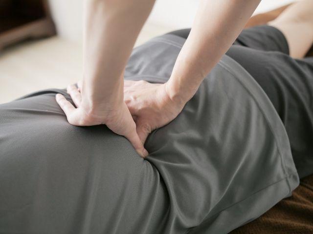 【病気】背中の痛みは「早期の死」の前兆?シドニー大学の学者らで結論