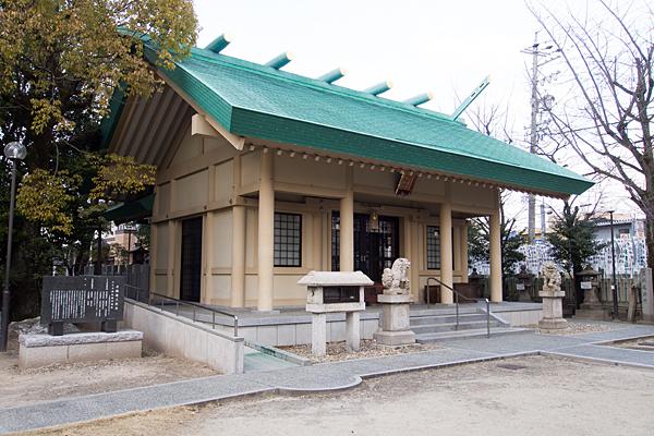 八王子神社春日神社拝殿