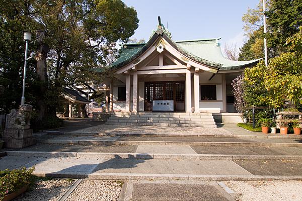 新栄白山神社拝殿